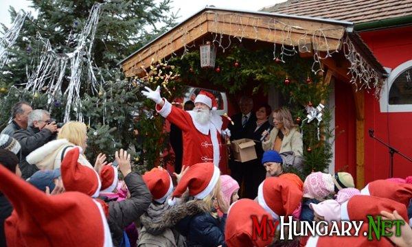Сегодня в Венгрии празднуют День Святого Микулаша